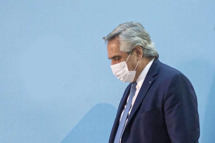 A pesar de tener las 2 dosis de la vacuna el presidente Alberto Fernández, dio positivo de CORONAVIRUS