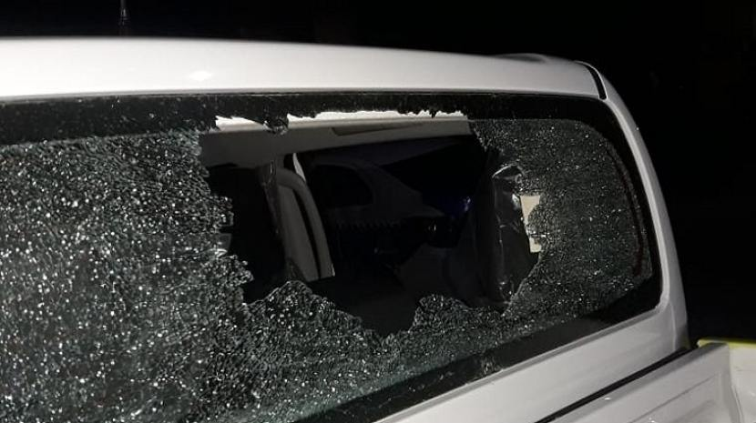 Atacaron con piedras y botellas a Policías que desactivaron un partido de fútbol, ocurrió en La Reducción