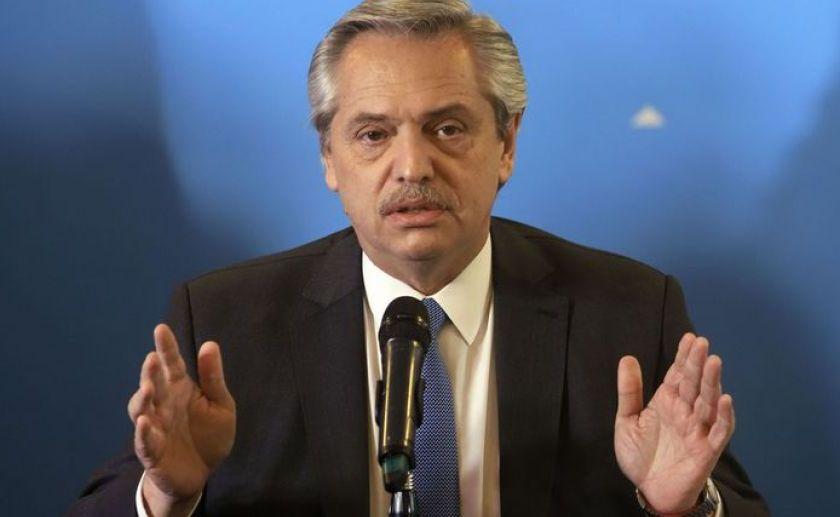 Alberto Fernandez dijo que seguirán las restricciones y pidió reforzar los controles en las provincias
