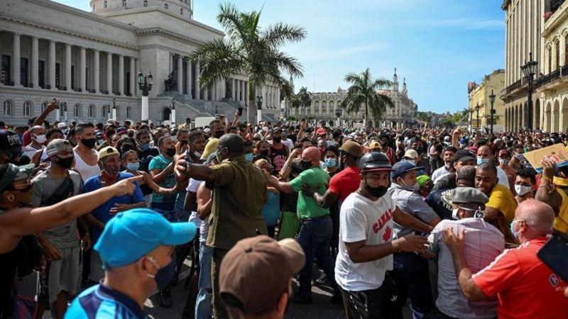 HISTORICO: Masivas manifestaciones en Cuba piden LIBERTAD Y FIN DE LA DICTADURA