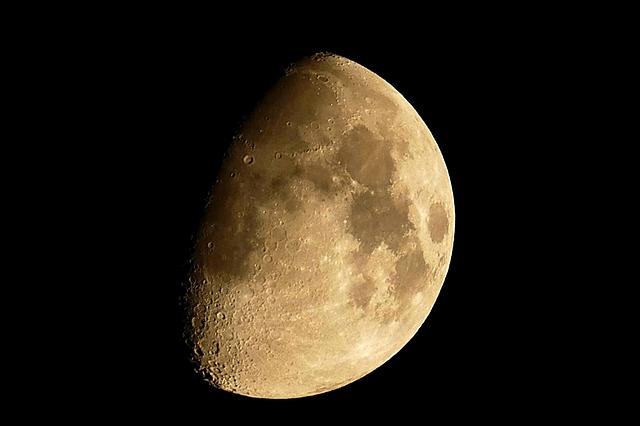 significado de soñar con la luna