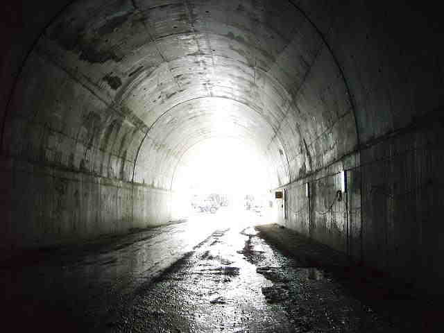 significado de los tuneles en los sueños