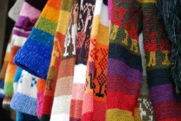 soñar con ropa hecha con lana