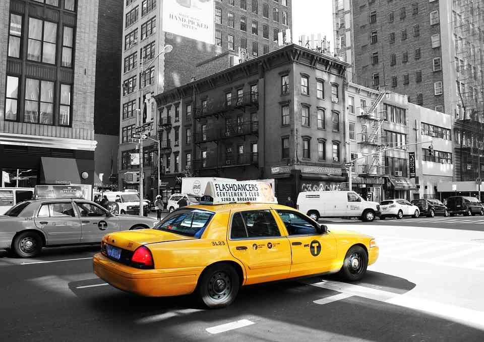 soñar con tomar taxi