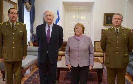 Presidenta Bachelet y su ministro del Interior, Jorge Burgos