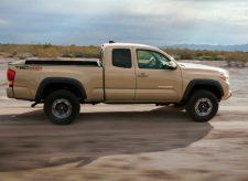 Toyota-Tacoma_TRD_Off-Road-2016-5