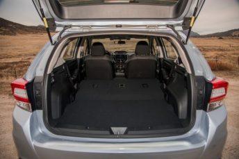 MY17_Impreza_5-door_Prem_-_Cargo