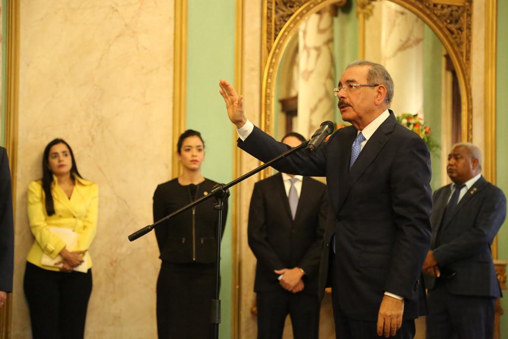 Presidente Medina juramenta miembros del Consejo Nacional de Competitividad