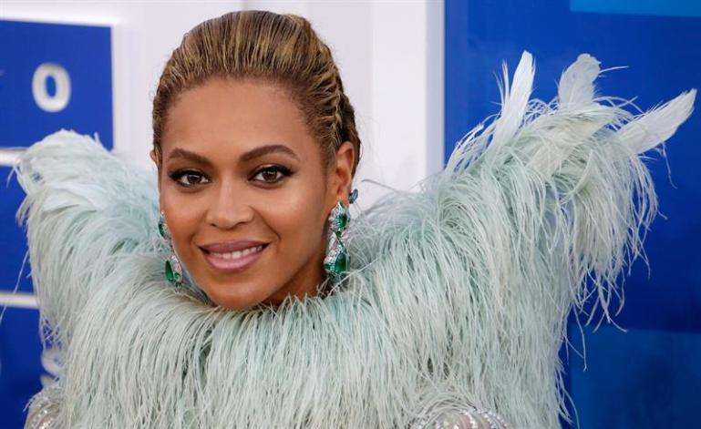 Beyoncé encabeza un Coachella con sabor latino y poco rock Beyonce.jpg?zoom=1