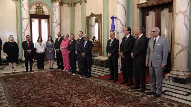 Presidente Danilo Medina destituye a Ministra de Salud Pública