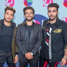 El trio italiano Il Volo fue registrado este domingo a su llegada a la alfombra azul de los Premios Juventud 2018, en el Watsco Center de Coral Gables (Florida, EE.UU.). EFE