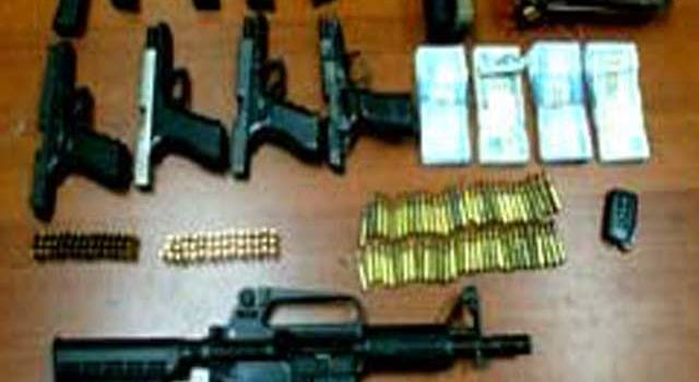 Juez de Santiago deja en libertad hombre ocuparon armas y dinero