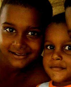 Dos hermanitos mueren durante fuego en Navarrete