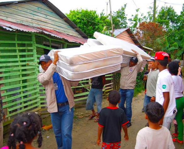 Jarabacoa: Gobierno asiste a familias afectadas por inundaciones