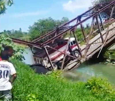 Colapsa puente en Montellano de Puerto Plata