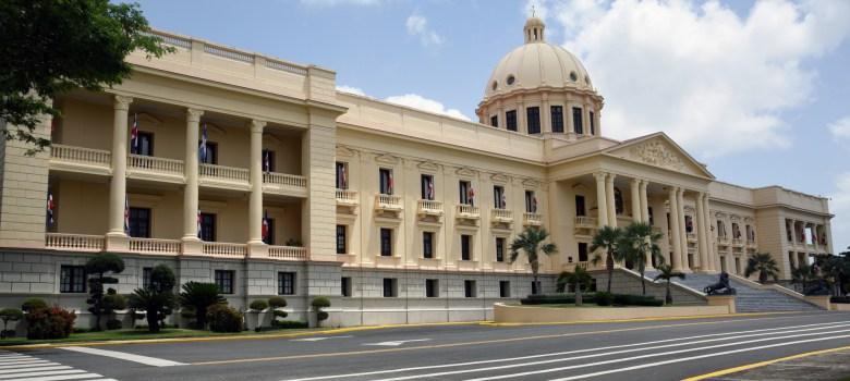 Danilo designa ministros Medio Ambiente, Agricultura, Salud y Cultura