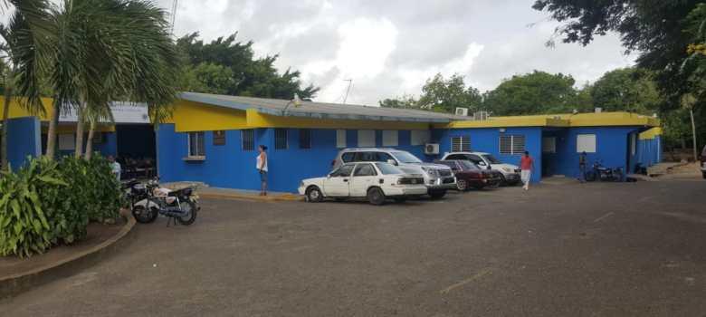 Enfermeras mantienen protesta hospital Tamboril
