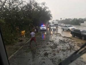 Manabao y Villa González afectados por ventarrones