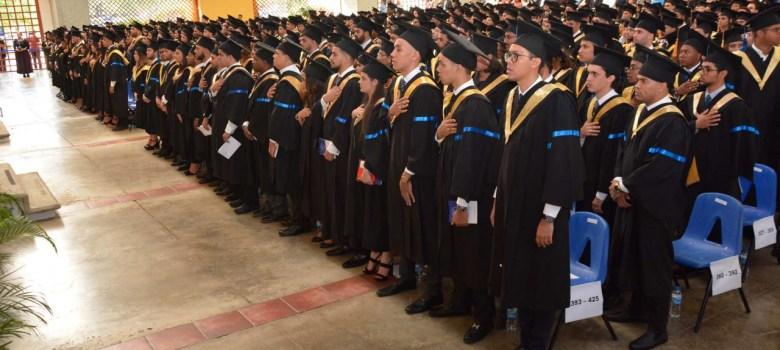 graduacion pucmm