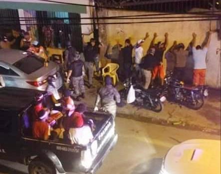personas arrestadas por la policia