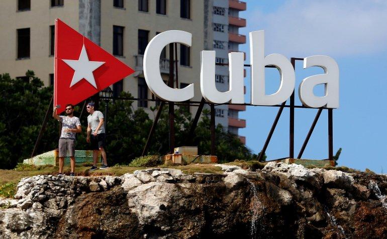 Miami Asfixiar a Cuba - El Sol Latino