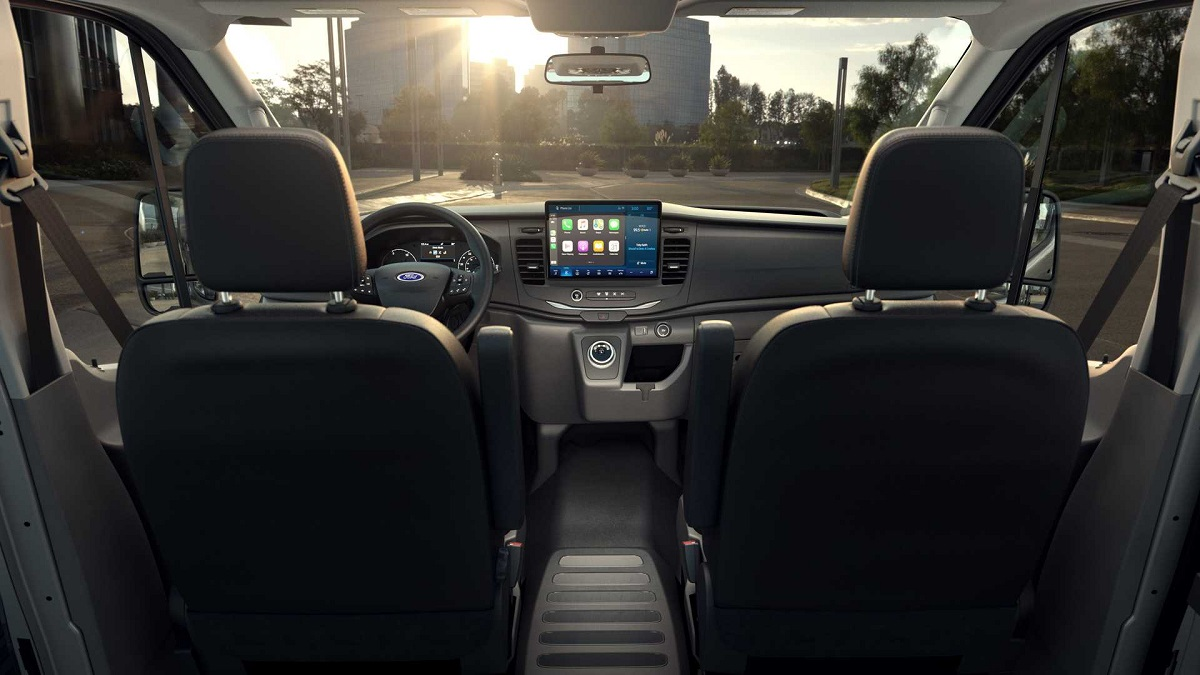 Ford E-Transit 2022 - El Sol Latino