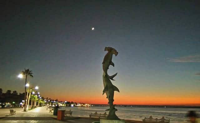 Paseo cultural por el Malecón de la Paz, Baja California Sur