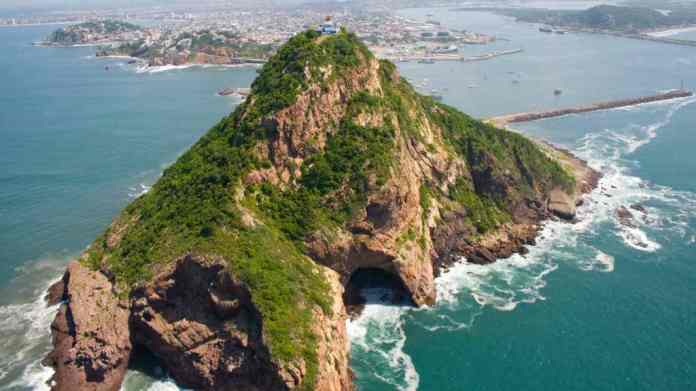 Faro de Mazatlán ¿El más alto del mundo? | El Souvenir