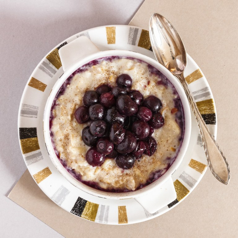 Apple & Cinnamon Porridge with Hot Blueberries