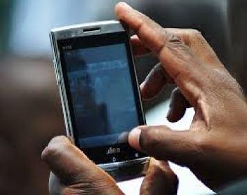 Todos los celulares son interceptados