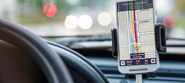 Taxi ejecutivo de Ciudad Guzmán dispuesto a regularse