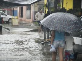 Suspenden clases en municipios de la costa por Huracán Willa