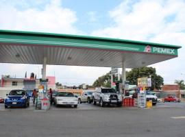 Zapotlán con un 10 por ciento de abasto de gasolina: Alfaro