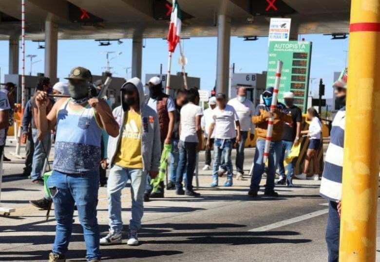 Zapotlense entre los detenidos por 'tomar a la fuerza' la caseta de Acatlán