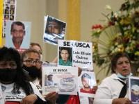 Llegan familias a buscar desaparecidos en Ciudad Guzmán