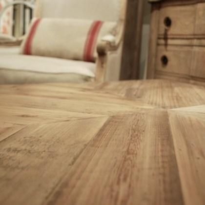 ref.007EM713-1 Mesa de centro madera pino envejecido y metal (80x80xh45)