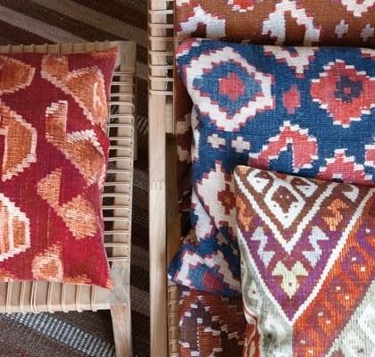 Cojines telas tipo kilim