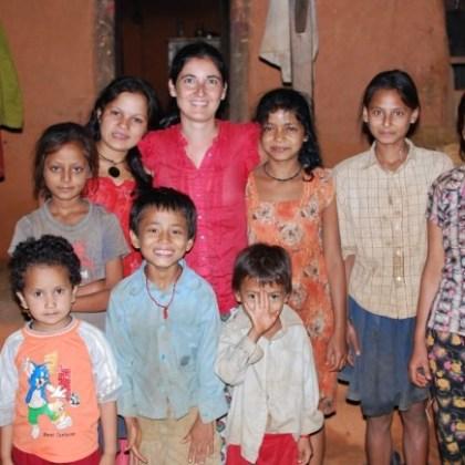 alumnos_vecinos_amigosdetara_nepal