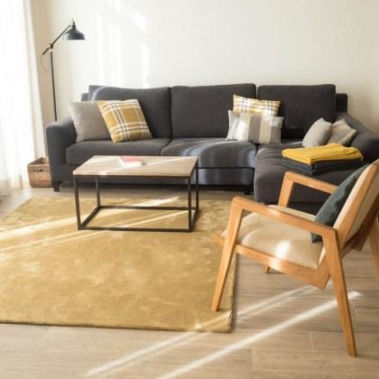 conjunto diseño de salón tonos cálidos