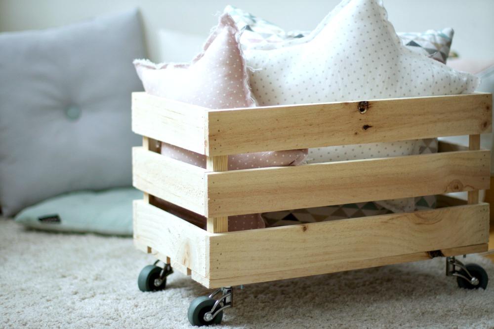 DIY Cmo hacer una caja de madera para los juguetes  el