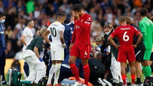 Players react to Harvey Elliott injury