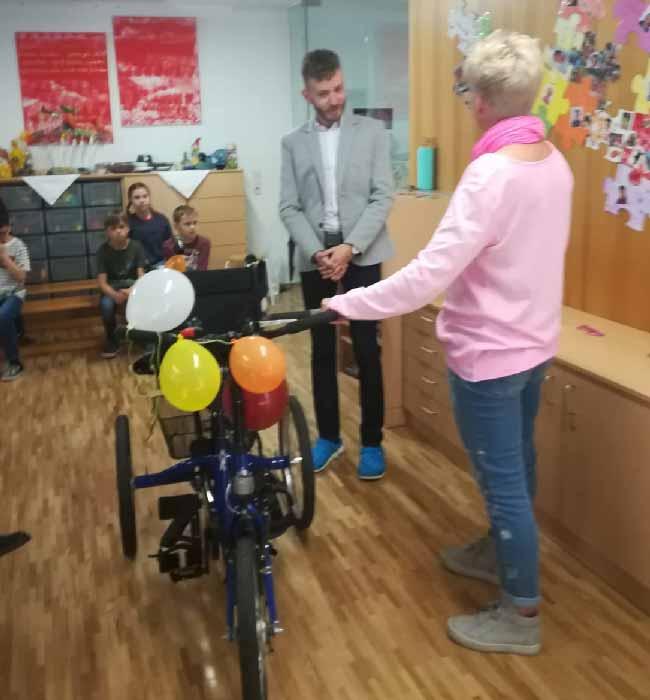 Therapie-Fahrrad vom Elternverein Mariatal