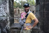 Eva hält fleißig durch in Angkor