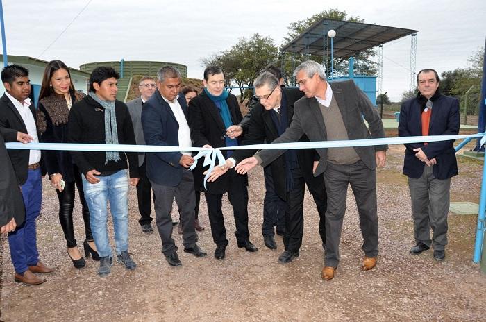 El gobernador inauguró planta potabilizadora de agua en la localidad de Colonia San Juan
