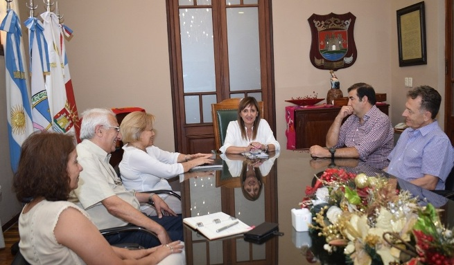 La intendente recibió a la fundación Banco de Alimentos