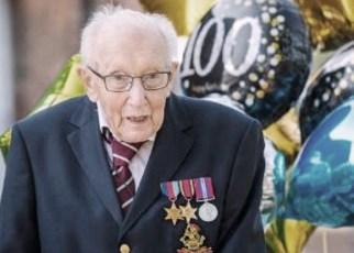 Veterano inglés de 99 años recauda 23 millones de dólares para luchar contra el coronavirus