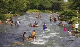 Visita el Rio Pance, Colombia