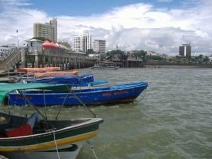 Muelle Flotante de Buenaventura - Turismo en Colombia