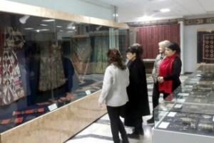 Пушкин номидаги Санъат музейи директори Пушкина Марина Лошак в Нукусда