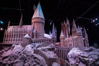Replica a escala del Castillo de Hogwarts en los Estudios de Harry Potter